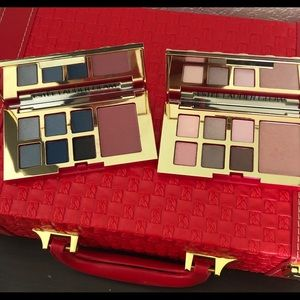 2 Estée Lauder eyeshadow and blush palettes.